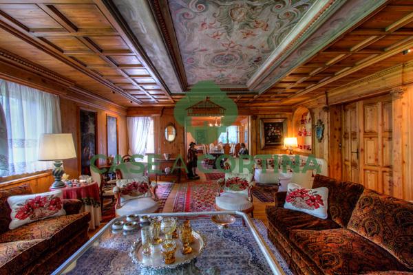 Villa Via Spiga Cortina
