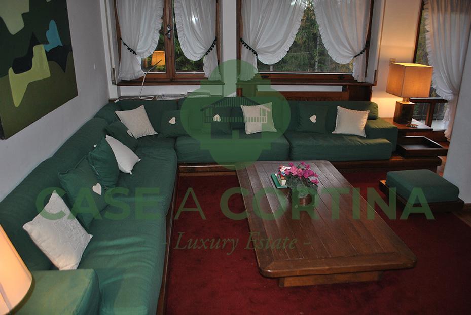 Appartamento a cortina via Cantore